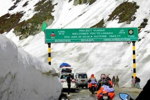 J&K Police Harassing Kargil Bound Passengers: BJP