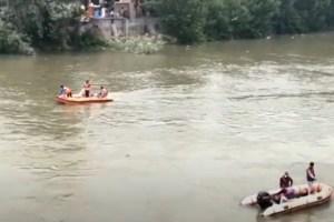 City Suicide Shock: Man Jumps Into Jhelum, Woman Rescued