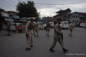 Cop, Civilian Injured In Khanyar Militant Attack