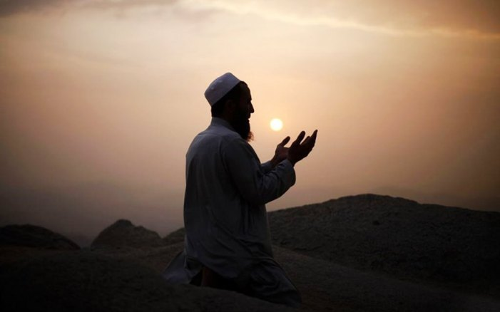 Waqf suspends prayers at shrines, mosques