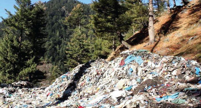 MC Bijbehara asks people to segregate waste, then dumps it all together