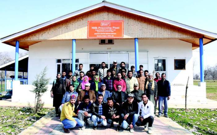 Training programme 'barefooted veterinarians' starts at SKUAST-K