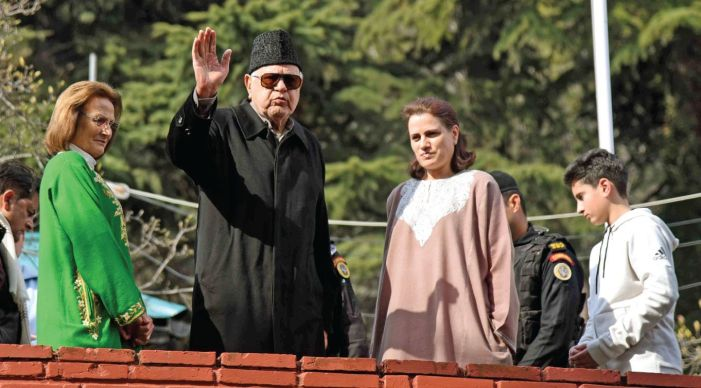 Countering pandemic our collective duty: Farooq