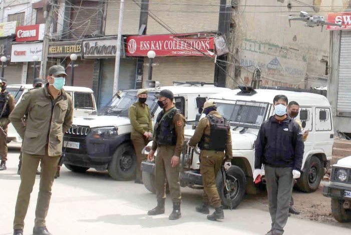 Woman cop in Kulgam slapped with UAPA for confronting forces, terminated