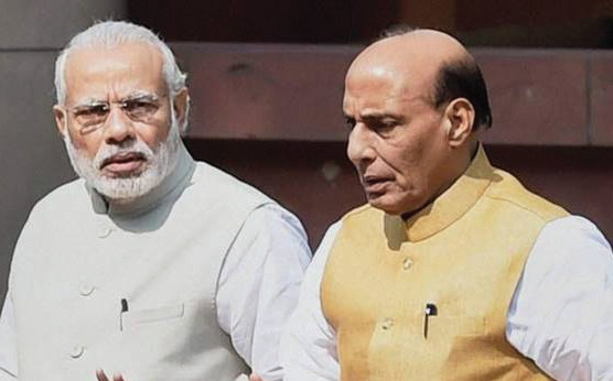 PM, Def Min pay tributes