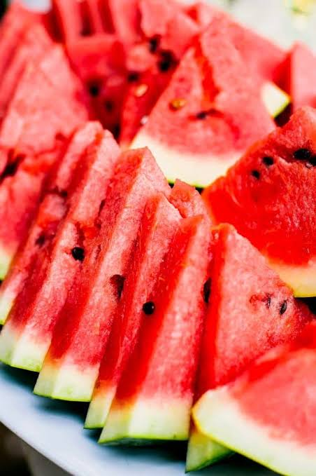 Watermelon, favourite fruit in Ramadan, shunned even at throwaway prices