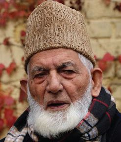 Geelani resigns from Hurriyat Conference in annoyance