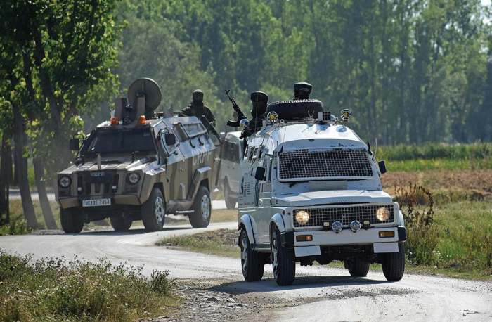 CASO at Shopian village in search of militants