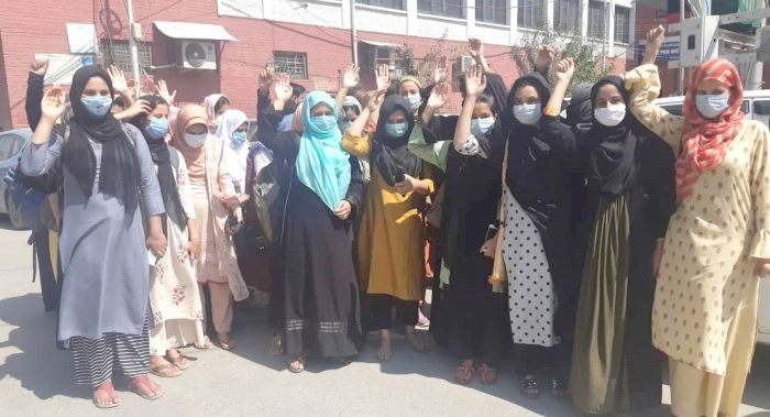 GWC M A Road students hold protest, seek fee concessions