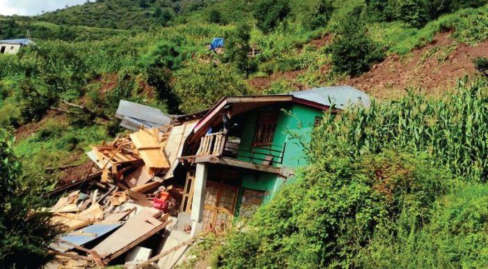 Seven houses damaged in landslide in Udhampur