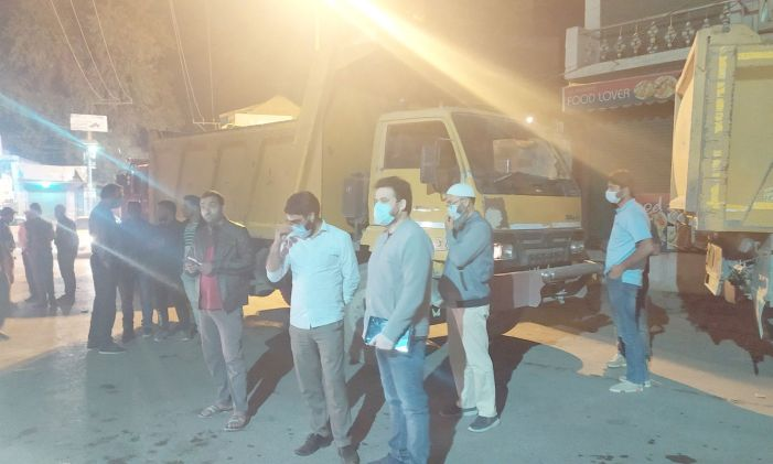 10 tippers involved in illegal mineral transportation seized in Pampore