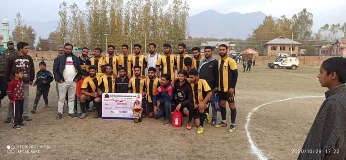 WS Hajin lifts summit trophy