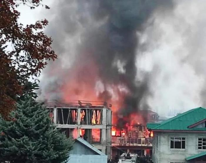 4-member committee to conduct enquiry into fire incident at Tehsil Office Bandipora