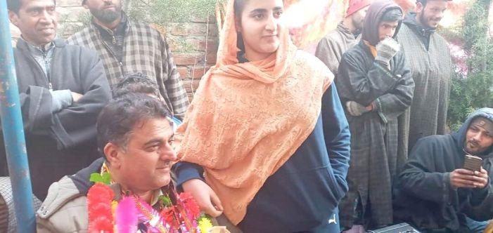 Congress sweeps local body polls in Hajin town