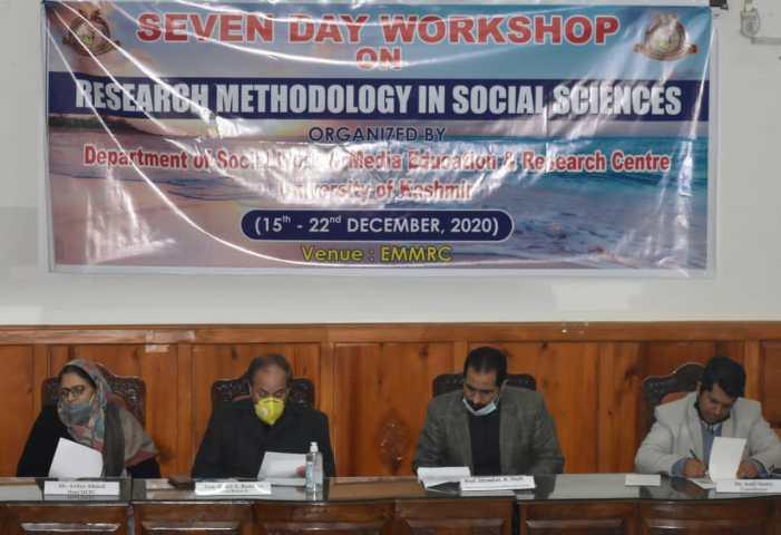 7-day workshop on Research Methodology begins at Kashmir University