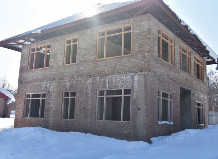 Half-built veterinary centre in Shopian's Zawoora now decaying
