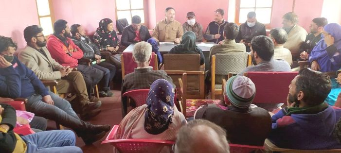 BDC Pampore holds meeting with Panchs, Sarpanchs