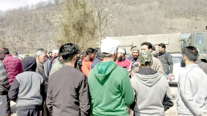 Pattan residents protest against power department, block highway