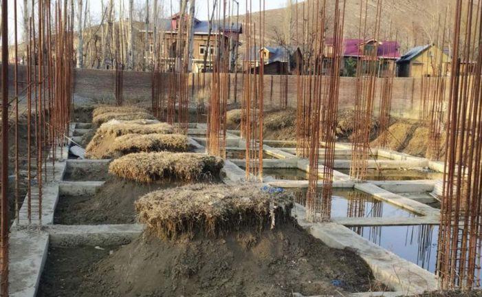 Work on mini-secretariat in Dooru remains abandoned since 2018