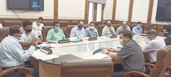 Advisor Bhatnagar reviews functioning of Cluster Universities of Jammu, Srinagar