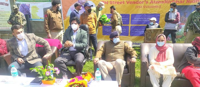 Block Diwas held at Pampore, DC Pulwama given warm welcome