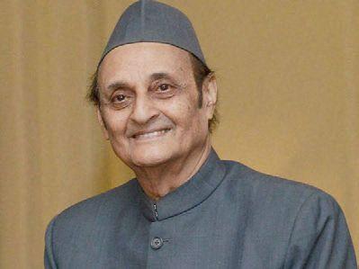 GoI must restore statehood before assembly polls: Karan Singh