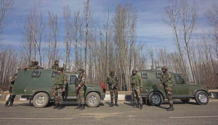 4 militants killed in 2 south Kashmir gunfights