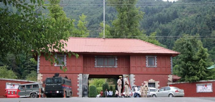 Barring PDP and ANC, all J&K parties meet Delimitation Commission