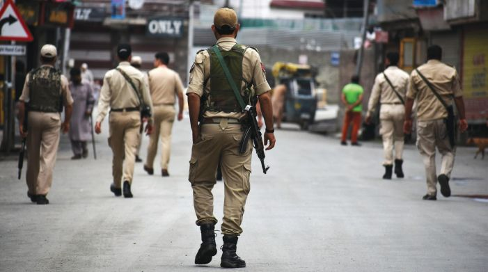 J&K Police to deny security clearance for passport, govt services to stone pelters