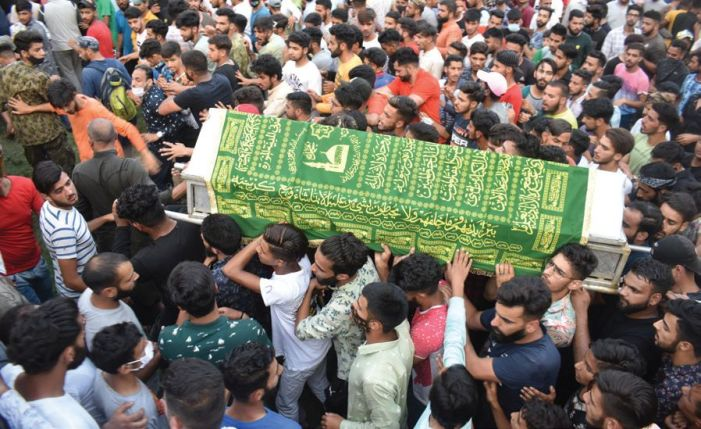 Youth shot dead in Srinagar's Nawa Kadal