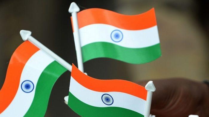 Burhan Wani's father hoists Tricolour in Pulwama
