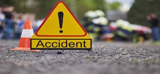 Teenager killed in Srinagar road mishap, another injured