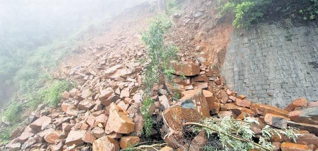 Ramban: Three including ASI injured in shooting stone incident