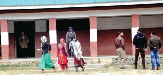 Kashmir records 17.7% voter turnout in fifth phase of Panchayat polls