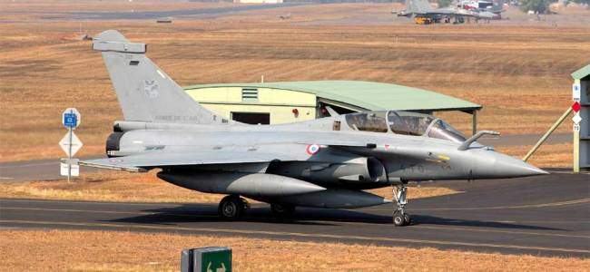 Yahswant Sinha, Arun Shourie move SC seeking review of Dec 14 Rafale verdict