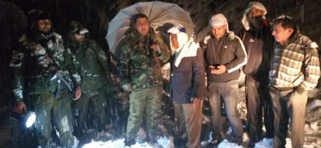 300 stranded on Jammu-Srinagar National Highway due to snowfall rescued