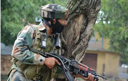 Hizbul militant killed in encounter at Pulwama