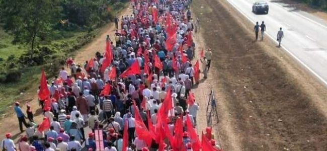 Farmers from across India converge in Delhi for Kisan March