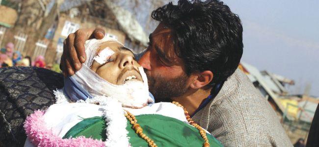 Pulwama killings: Advisor Kumar asks security agencies to exercise restrain