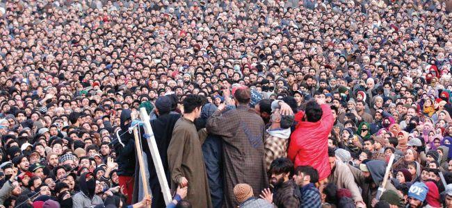 Thousands participate in slain Saqib's funeral