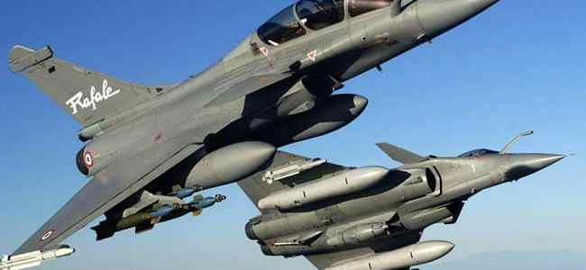 Rafale: Centre seeks SC's nod to circulate letter seeking adjournment on hearing, SC allows
