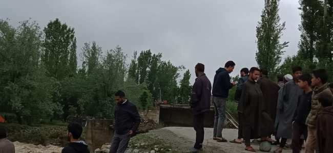 Srai Bridge washed away by flash floods in Ferozpora Nallah