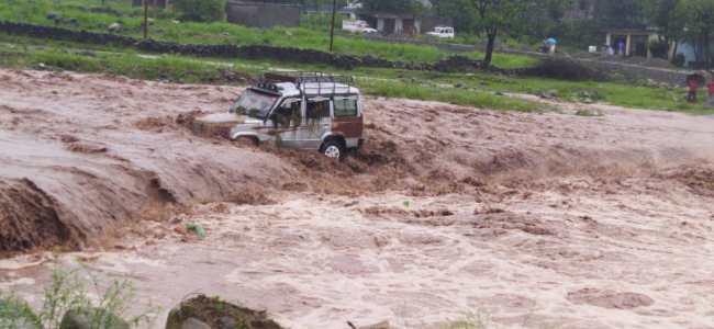 Cloudburst triggers flash floods in Kishtwar village, 4 dead several missing
