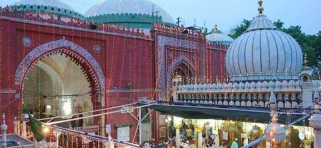 Hazrat Nizamuddin Dargah reopens for devotees