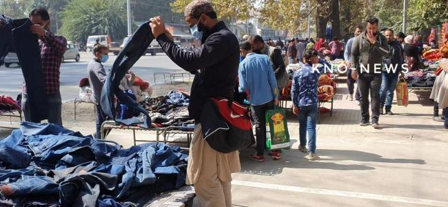 After 8 months of pause, Sunday market reopens in Srinagar