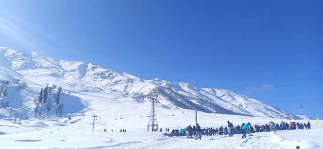 Directorate of Tourism, Kashmir starts live musical weekends at Gulmarg