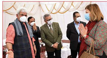 Day two of visit: Foreign envoys meet panchayat, ULB members