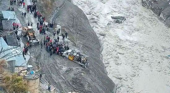 Early flood warning: Study recommends satellite monitoring of Himalayan glacial catchments