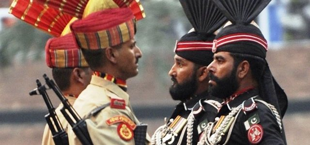 Pakistan hands over two Indians jailed for 8 yrs to India at Wagah Border