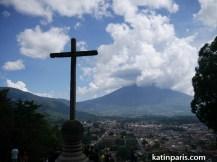 Antigua, widok z tarasu widokowego Cerro de Cruz.